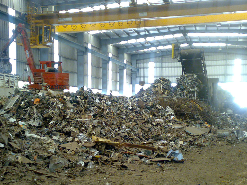 Metal Shredder Manufacturer For Recycling Remelting Size